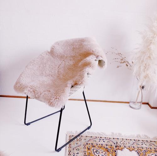 Natural Sheep Skin Rug -cream pink-
