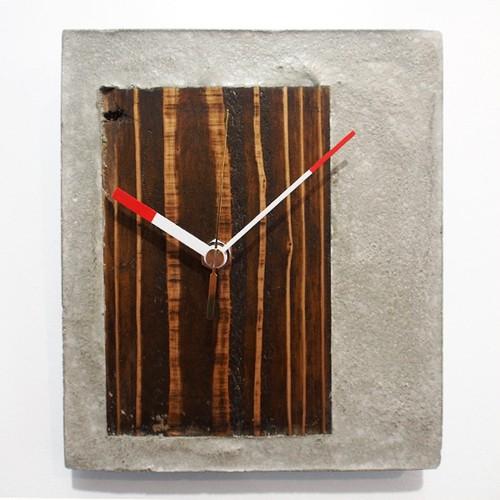 木とコンクリートの掛け時計【どこでもドア】