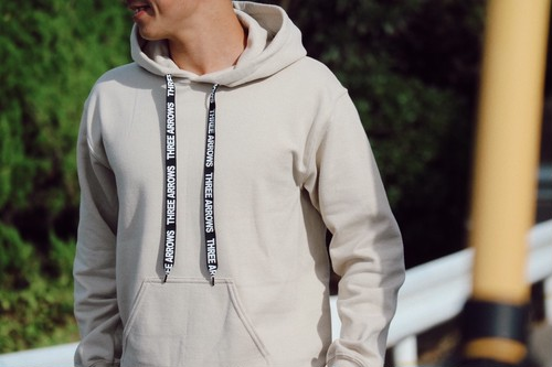 【11/20 21:00 再入荷】ThreeArrows Rubber Logo Foodie(beige)