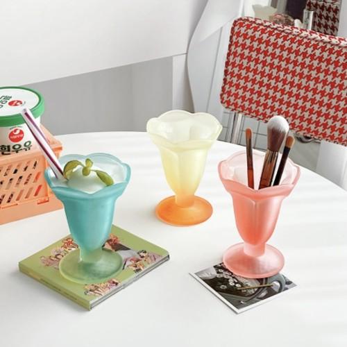 gradation tulip glass vase 3colors / グラデーション チューリップ ガラス ベース 花瓶 コップ ブラシ立て 韓国 雑貨