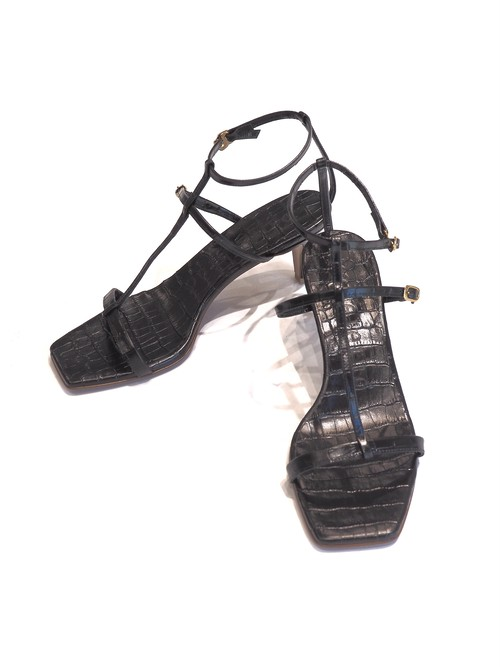 【Pelleterno】SMOOTH LEATHER STRAP SANDAL