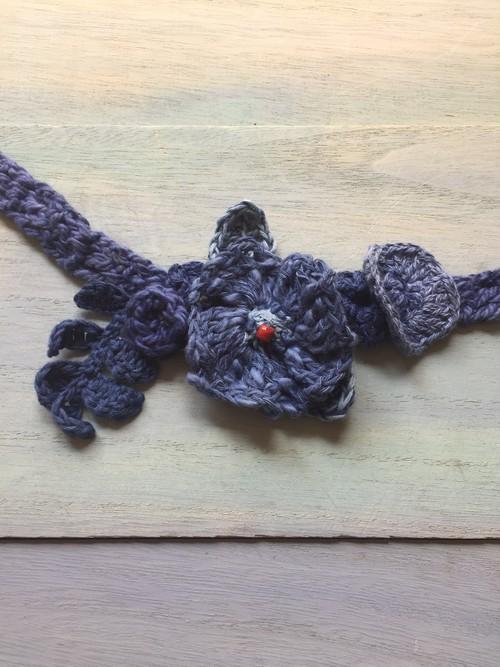 藍染糸のチョーカー