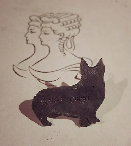 真鍮/ピンバッチ/Welsh Corgi