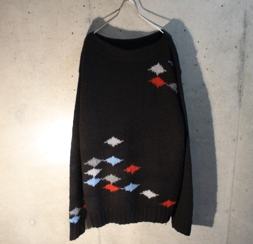 Wool design Boat neck knit