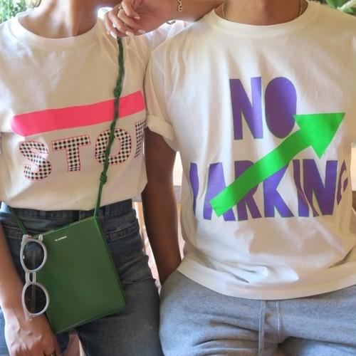 NO PARKING Tシャツ