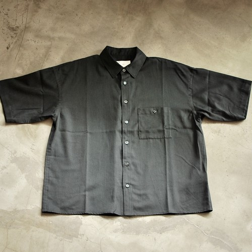 bukht BASIC SHORT SLEEVE SHIRTS