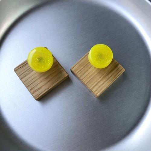 mokune × N7enunana ピアス/イヤリング  Yellow