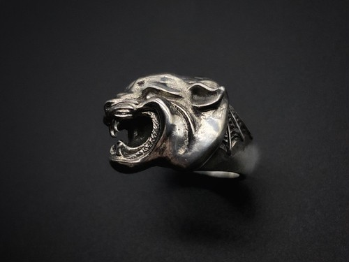 silly essence/panther ring/silver