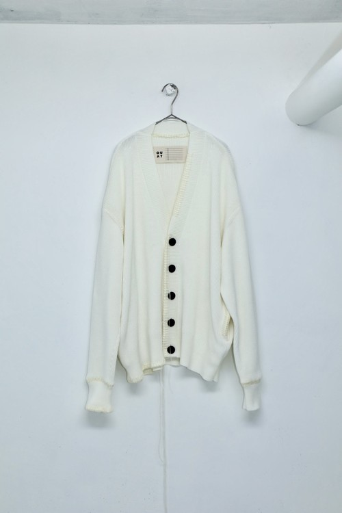 """""""OUAT"""" -004- WHITE OFFICE CARDIGAN"""