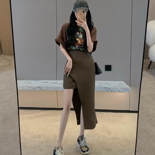 【set】気質アップカジュアル2点セットプリントTシャツ+不規則 イレギュラースカート
