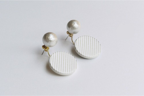 ○PIERCE / EARRING【WHITE】