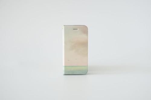 エメラルドグリーン色の海と空の、手帳型スマホケース