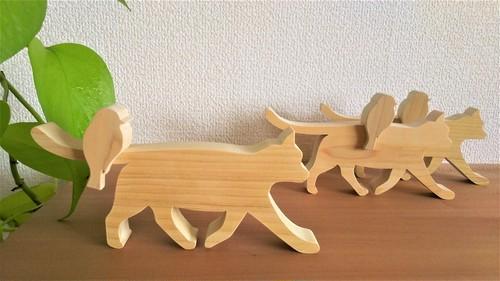 シンプルな 猫 と 小鳥 木製オブジェ 青森ひば