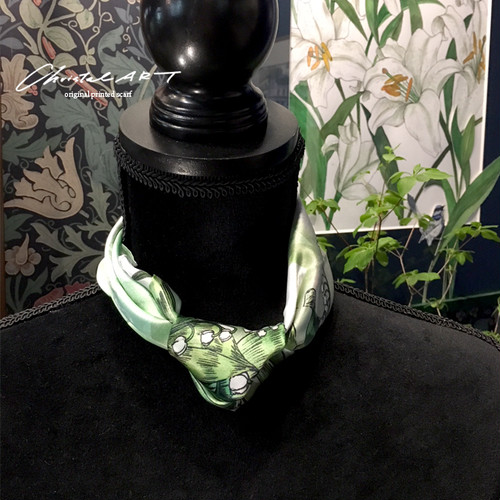 シルクスカーフ「リターン オブ ハピネス」(スズラン)50cm角