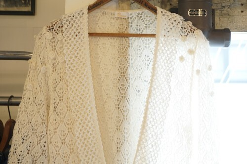 80's lace trimmed crochet S/S Cardigan