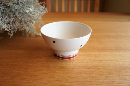 砥部焼/くらわんか茶碗(大)/水玉・赤ライン