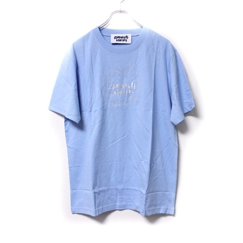 【Somewhere Nowhere】'HEDORO' EMBROIDERY T-SHIRT blue