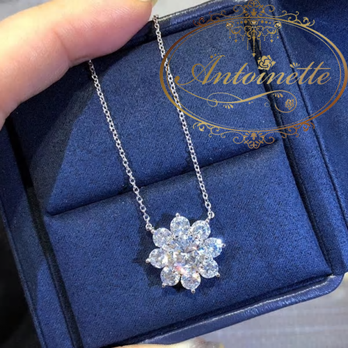 花柄 キラキラ ネックレス ジルコニア 上品 パーティー おおきい おでかけ Silver Material Exquisite luxury full fire flower necklace European American fashion necklace for women