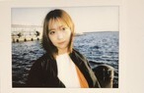【私服ver.】七瀬マナ チェキ(クマリデパート )