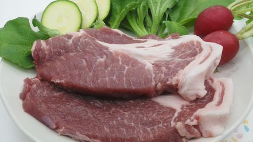豚肩ロース肉厚切り