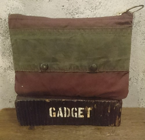 Barbour remake pouch