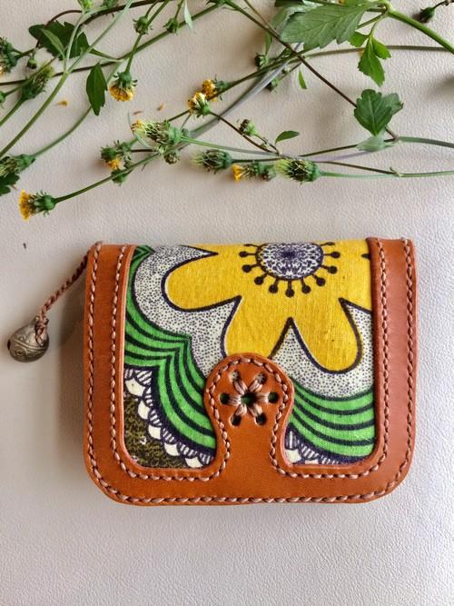 二つ折り財布 牛革×アフリカンファブリック〔flower ✴︎〕
