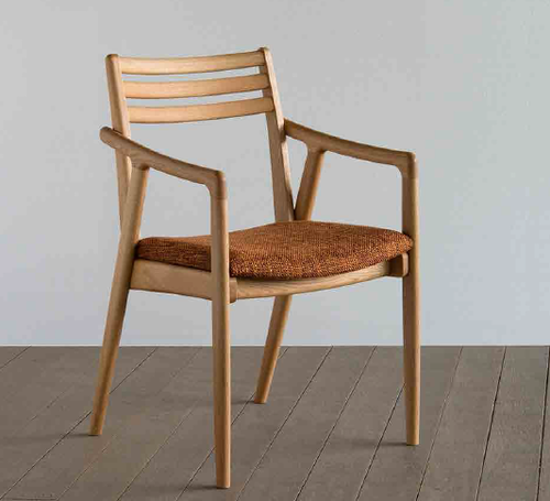 SUTEKKI CHAIR