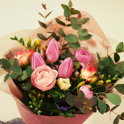 【毎月が楽しくなります!】季節のお花定期便(月1回)