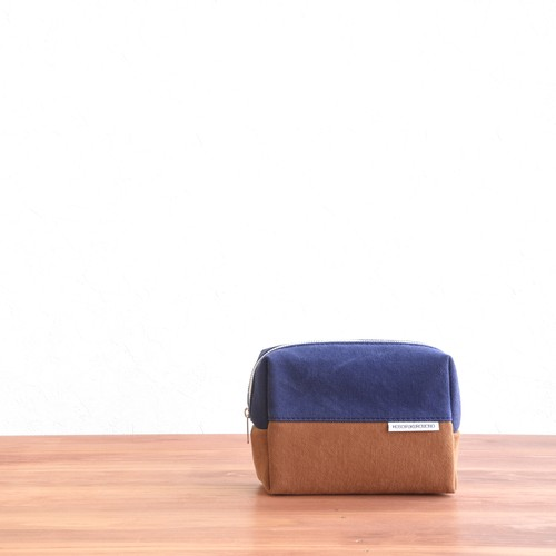CANVAS BOX POUCH M / NV×CM