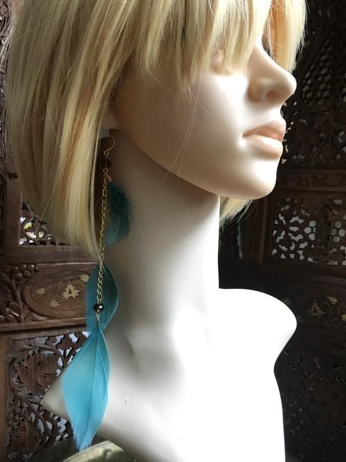 羽ピアスdot turquoise