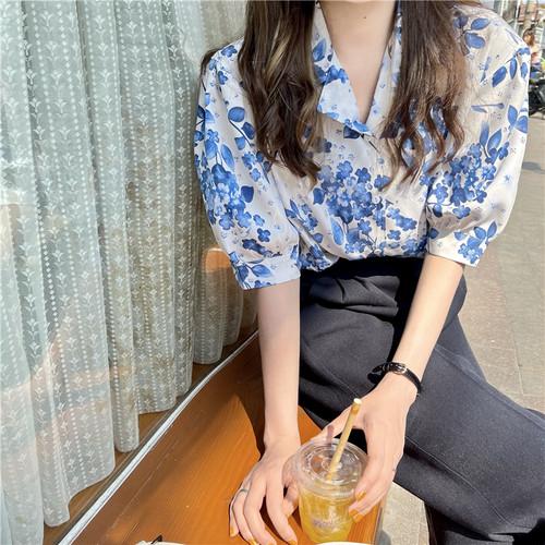 オシャレ カジュアル トレンド 新作 折り襟 半袖 花柄 あわせやすい シャツ・トップス