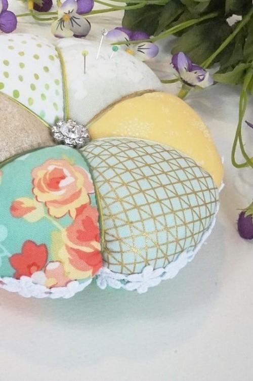 ★flowerピンクッション 2個セット★ハンドメイドのお品物をプレゼントで♪
