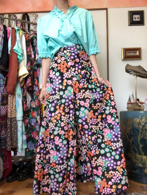 vintage flower printed slit skirt