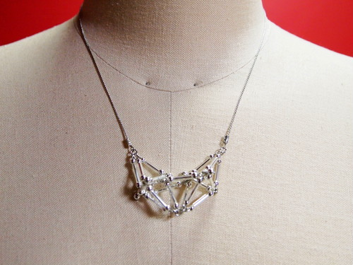Three-dimensional Heart(small)NECKLACE [Silver]