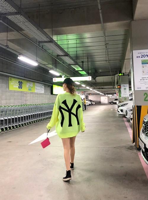 予約注文商品 NYジャガードニット ★UNISEX  ニット セーター 韓国ファッション