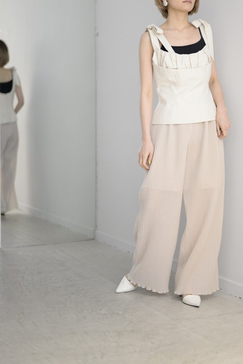 MURRAL / see-through pleated pants