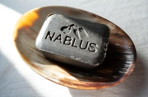 ナーブルスソープ(死海の泥、日焼けによるシミ・そばかす予防)