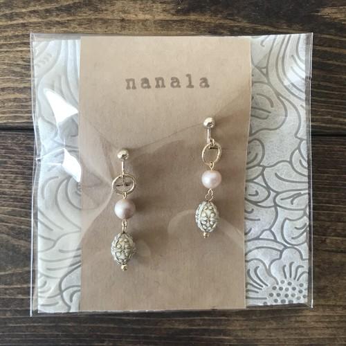 本真珠とナツメのイヤリング