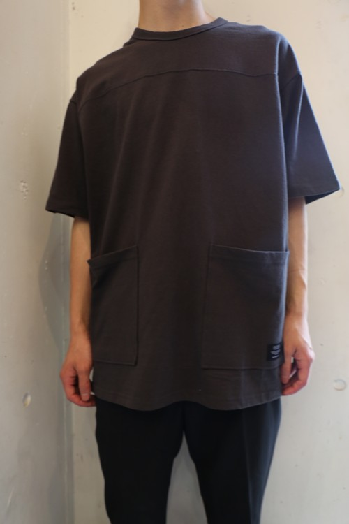 Double Pocket T