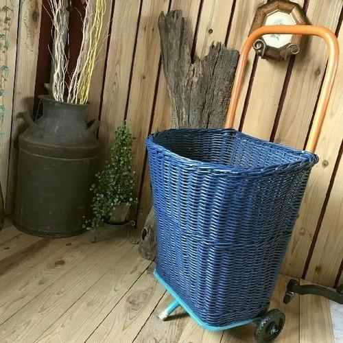 本州送料無料*古いバスケットカート*カゴ籠かご収納*ヴィンテージアンティーク自然ナチュラルピクニックアウトドアキャンプショッピングクウネルトランク