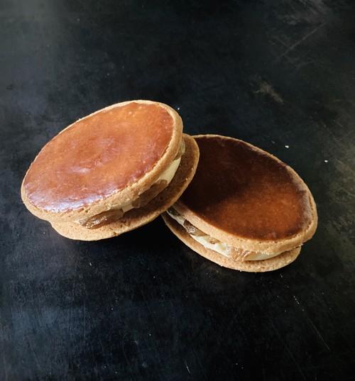 《冷凍便》Sandwich au foie gras et aux raisins  フォアグラレーズンサンド
