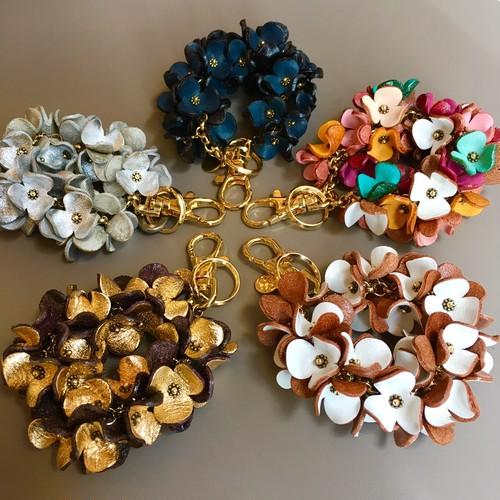 SO MANY FLOWERS Key ring