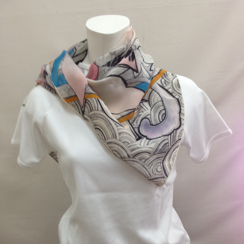 手描きスカーフ【花と青海波】