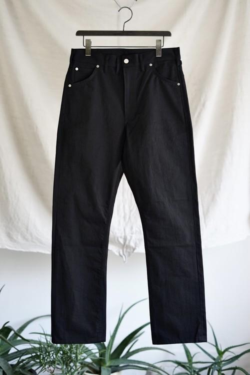 TUKI - cowboy pants (black)