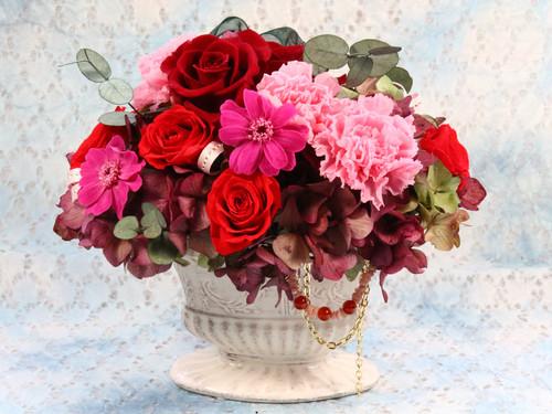 赤のバラとカーネーション プリザーブドフラワーとパワーストーン