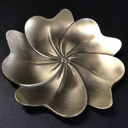 お香受けやさざれ入れに♬真鍮製小皿 花