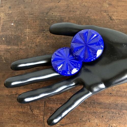 青色の放射型イヤリング
