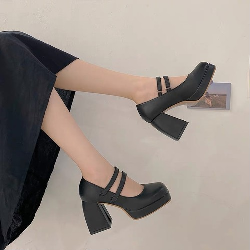 square sole shoes 2color