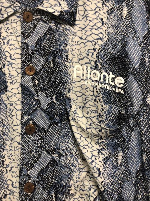 early2000's snake pattern resort shirt