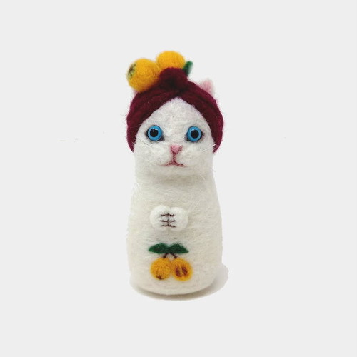 【羊毛ネコ】びわネコ(白)
